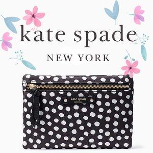 Kate Spade Wristlet 🌸